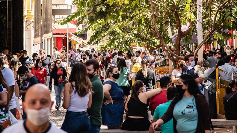 Centro de Ribeirão Preto registra aglomerações no primeiro dia após decreto da fase amarela do Plano São Paulo