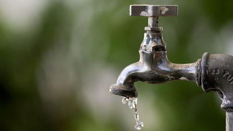 Manutenções na rede hídrica afetam abastecimento de água em 18 bairros de Ribeirão Preto