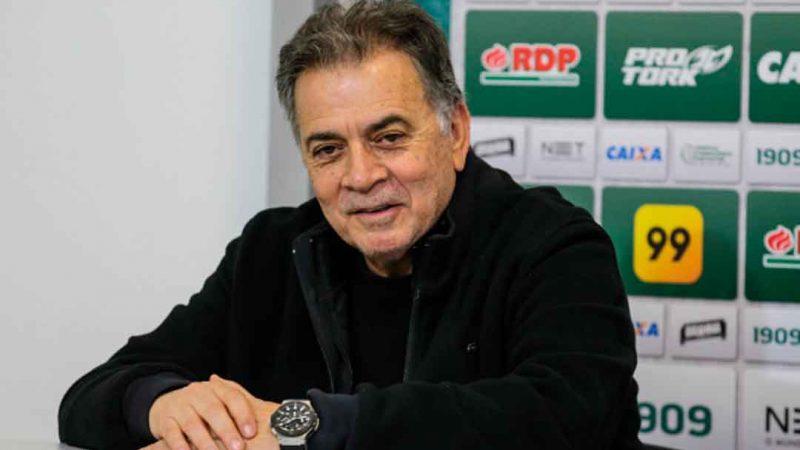 Paulo Pelaipe, 69, é o novo homem forte do futebol do Botafogo. Ele será o responsável por comandar o departamento de futebol do clube.