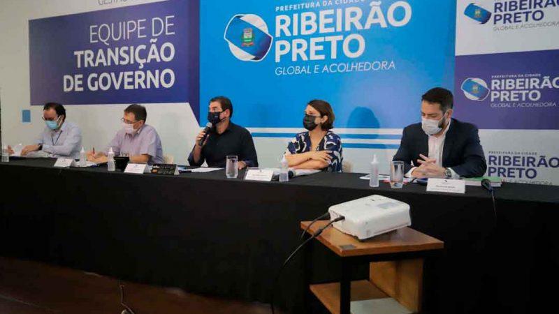 A Prefeitura Municipal de Ribeirão Preto, através da Secretaria Municipal da Educação, anunciou em coletiva de imprensa, a volta às aulas presenciais na rede municipal de ensino para os 45.781 alunos