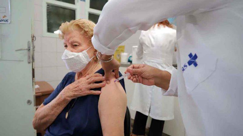 Sistema de agendamento de vacinas já recebeu 1.611 cadastros pela internet e telefone; vacinação prossegue até sexta-feira, dia 12