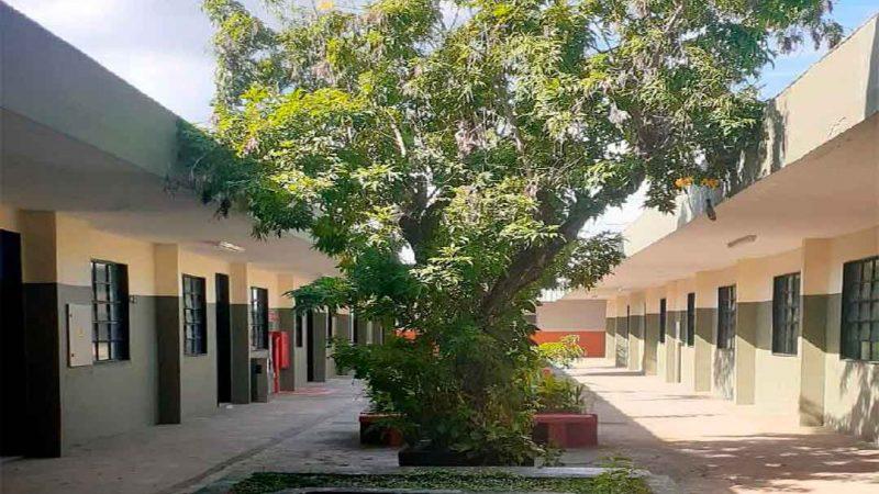 A Secretaria Municipal da Educação informa que a Emei Anita Procópio Junqueira mudou de endereço. O novo prédio, localizado na rua Piratininga, 700, também na Vila Tibério, fica a 600 metros da antiga escola e abrigava o antigo Sesi.